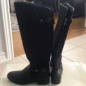 Shoes - Brand new neverworn Anne Klein boots size 7